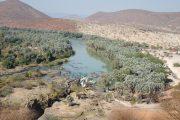 Blick auf die Epupa Wasserfälle des Kunene