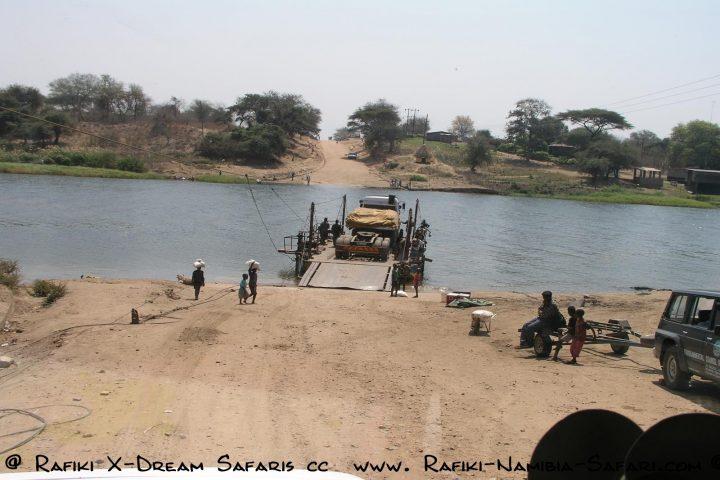 Fähre über den Kafue Fluss - Sambia