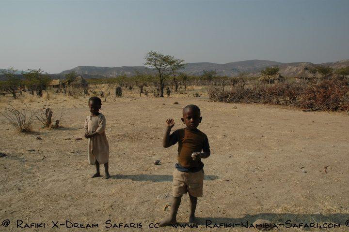 Kinder im Kaokoveld
