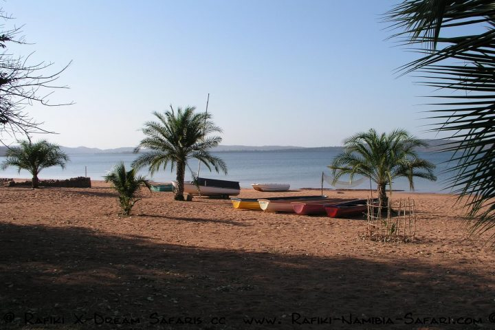 Sandy Beach Camp am Lake Karibia - Sambia