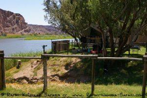 Campsite am Oranje dem Grenzfluss zu Südafrika